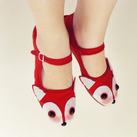 Red Fox Shoes Fox Face Mary Janes Ladies Size 10 by emandsprout