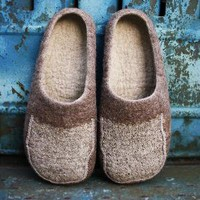 linen virus / Men felted slippers/ size US 12 Euro 45 by onstail