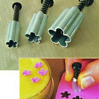 Fat Daddio's 3-Piece Fondant and Gumpaste Aluminum Plunger Cutter Set, Flower