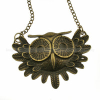 Antique bronze owl necklace Retro necklace by luckyvicky on Etsy