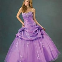 Deep Sweetheart Embroidery Natural Waist Ball Gown Quinceanera Dress QD077