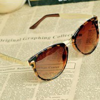 [dt9840]Cat Eye OverSized Round Sunglasses v43