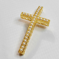 Cross Connector Gold Plated Curved Pearls