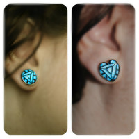 Arc Reactor Earrings -- Iron Man inspired -- The Avengers -- Tony Stark -- Heart or Round