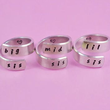 big sis/mid sis/ lil sis  - Spiral Rings Set, Hand Stamped, Handwritten Font, Shiny Aluminum, Forever Love, Friendship, BFF, V2
