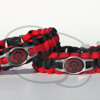 World of WarCraft Horde Inspired Stainless Steel Charm on 550 Paracord Survival Strap Bracelet Anklet with Contoured Side Release Buckle