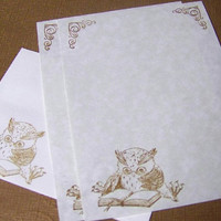 A Study in Owl - Vintage Appearance - Parchment Paper - Stationery Set
