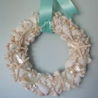 Beach Decor Shell Wreath, Elegant All White Shells, Starfish & Pearls | beachgrasscottage - Housewares on ArtFire