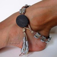 Anklet in earth tones  by handmadefuzzy on Zibbet