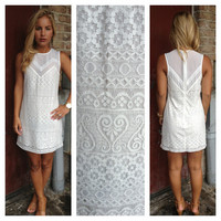 White Sleeveless Texture LaceDress