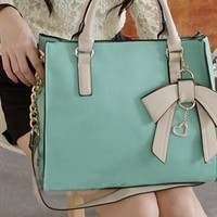 New Style Three-dimensional Bow Handbag from styleonline