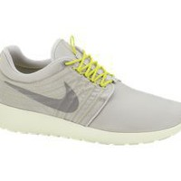 Nike Store. Nike Roshe Dynamic Flywire Men's Shoe