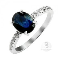 Dark-bllue Oval Sapphire Garceful Ring at Dresseshop