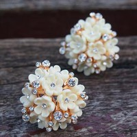 Flower Bouquet with Rhinestone Earrings Ivory from topsales