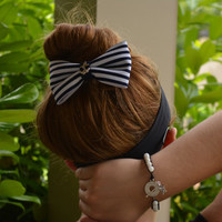 Nautical hair bow, Bow, hair bows,Nautical Hair Bow with Anchor, White gemstone wrap bracelet with star fish