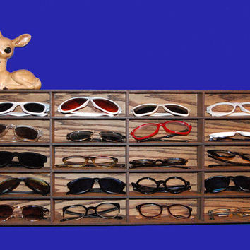 Glasses Organizer Sunglasses Rack Wall Storage Shelf Case Holder - 20 Count