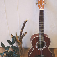 A Paint Pen & A Ukulele - Free People Blog