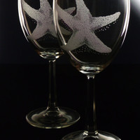 Starfish wine glass,star fish , glassware , clear wine glass, hand engraved ,beach decor, seaside, ocean ,beach gift