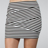 Black-White Pull On Mini Skirt