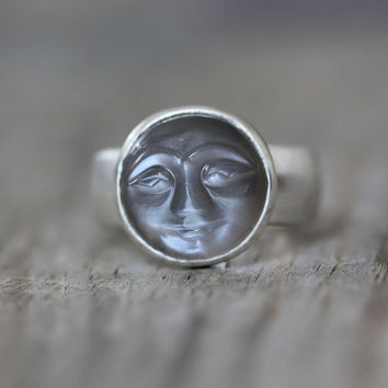 Quarry Gray Moonstone Ring Smiley Carved by onegarnetgirl on Etsy