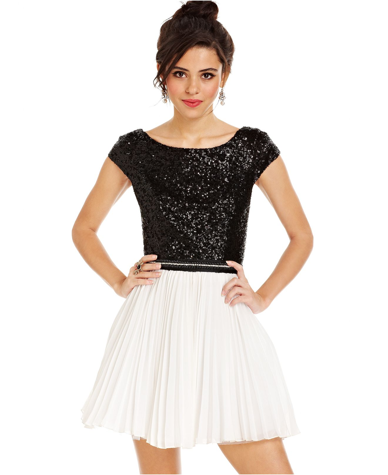 Homecoming Dresses With Sleeves Macy'S - Holiday Dresses