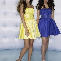 [US$156.99] Lovely Strapless Beaded Waist Taffeta Prom Gown/Homecoming Dress