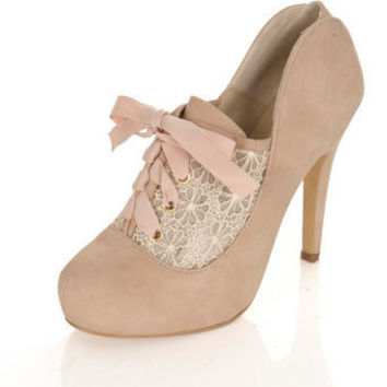 KERRY Cream Town Shoe - Shoes - Miss Selfridge