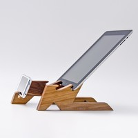 Supermarket: Dual Dock Station / iPad Stand / iPhone Stand ALTAIR from LESS & MORE Vienna