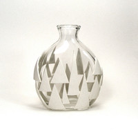 White Clay Triangles Glass Vase - Isosceles / Geometric, Retro, Mod, Vase, Bud Vase, Tree, Forest