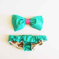 Turquoise Green Sea Foam Cotton Swimsuit sytle Bikini Ruffle panties. Pink trim Bow Bandeau Sunsuit.Diva Halter neck top pin up