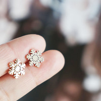 snow flakes stud earrings - rose gold titanium steel