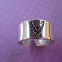 Loki ring      Avengers Inspired by ImpressedArt on Etsy