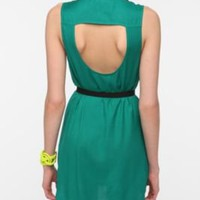 Sparkle & Fade Open-Back Sleeveless Shirt Dress