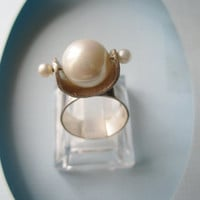 Sterling Silver RIng with White Pearls