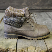 SZ 5.5 Mountain Trek Dark Taupe Cuffed Ankle Boots