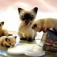 Spilled milk Vintage Siamese cat &amp; kittens bone by OldeTymeNotions