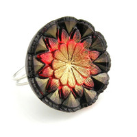 Cocktail Ring Czech Glass Starburst Red and Black