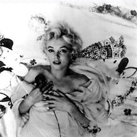 Marilyn Monroe in Bed - 8x10 Photograph High Quality:Amazon:Collectibles