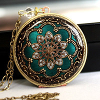 Locket Vintage locket filigree necklace by MStevensonDesigns
