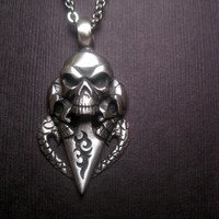 Gothic Wicked Skull Trinity Pendant Necklace - Unisex
