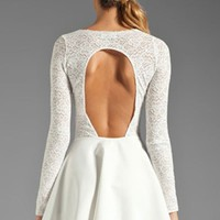 White Long Sleeved Lace Slim Halter Dress
