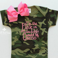 Baby Girls Camo Outfit with Bow - Camouflage - Pink - Daddy - Hunting - Bodysuit - Creeper - Baby Shower Gifts - Set