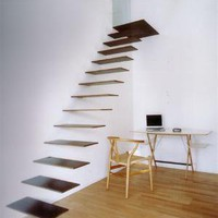 Floating Staircase, How many pounds will it hold | DeClubz – The Weird and Bizarre Blog