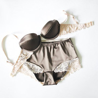 Aristocratic chestnut: A unique set of a new-chestnut bra and panties from Egretta Garzetta