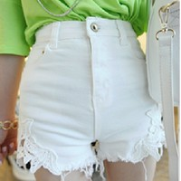 070609 Stitching lace waist shorts denim material