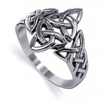 925 Sterling Silver 40 x 30mm Double Triquetra Celtic Knot Design 3mm Band Ring