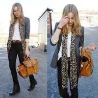 Jacket From Zara, Bag From Http://Chapnlle.Com //    I'M QUITE BUSY by Frida Johnson // LOOKBOOK.nu