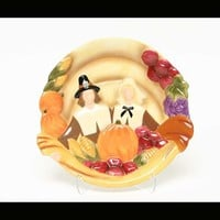 THANKSGIVING PILGRIM PLATE 9""