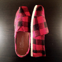 Buffalo Check Toms (Women)