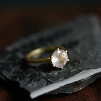 Gold Rose Quartz Gemstone Ring